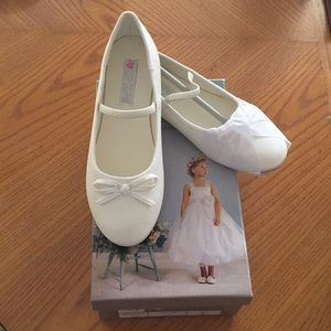 NWT Ivory ballet shoes slippers girls many sizes
